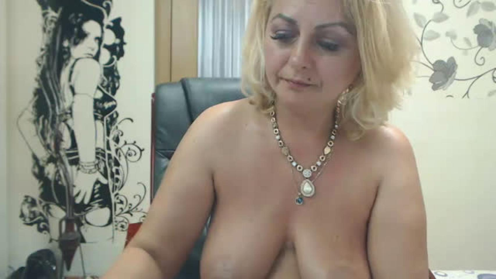 live-mature-sexcams-family